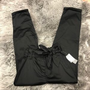 Lord and Taylor   Women's Black Paperbag Pants